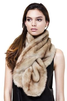 Unreal Fur Thread Through Scarf – Couture Street