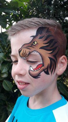 35 Cute Animals Face Painting Ideas For Kids - Art Eye Face Painting, Face Painting For Boys, Face Paint Makeup, Belly Painting, Face Art, Lion Makeup, Zombie Makeup, Animal Face Paintings, Animal Faces