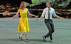 Best of 2016 (Behind the Scenes): 'La La Land' costume designer breaks down the 'classic, timeless' looks