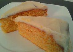 Elisabet Rules: Martes Dulce (Tarta de Zanahoria y almendra con frosting de queso)