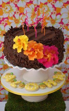 Lovely cake at a Luau Party #luau #partycake