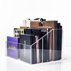 Diy Makeup Palette Organizer Make Up 43 Ideen Diy Makeup Palette Organizer, Makeup Palette Storage, Clear Acrylic Makeup Organizer, Makeup Storage Organization, Storage Ideas, Organization Ideas, Storage Organizers, Closet Organisation, Storage Drawers