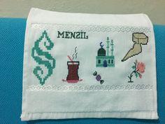 Diy And Crafts, Towel, Cross Stitch, Creative, Punto De Cruz, Seed Stitch, Cross Stitches, Crossstitch, Punto Croce