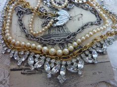 CLASSY VINTAGE RHINESTONE and pearl antique by PennysCastle