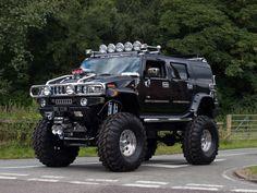 B16 CUN  Hummer H2