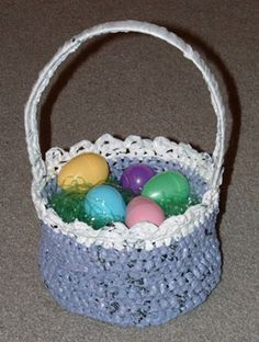 am i ambitious enough to crochet an easter basket out of plarn?? (yarn made from reclaimed plastic grocery bags)