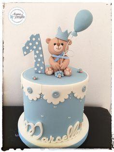 one - cake by aroma di vaniglia - Birthday Cake Vanilla Ideen Torta Baby Shower, Baby Shower Cakes For Boys, Baby Boy Cakes, Baby First Birthday Cake, 1st Birthday Cakes, Gateau Baby Shower Garcon, Teddy Bear Cakes, Cake Ideas, Cake Art