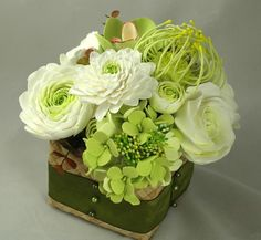 Deco clay Table stand flowers composition Ready To by yourhappyday, $200.00