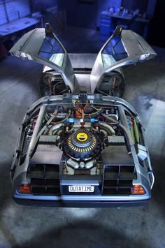 8 Interesting Facts About Restoring The Original DeLorean Time Machine