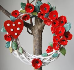 wreath with ceramic flowers by MarrusCreations on Etsy Ceramic Flowers, Christmas Wreaths, Ceramics, Unique Jewelry, Handmade Gifts, Holiday Decor, Etsy, Vintage, Home Decor