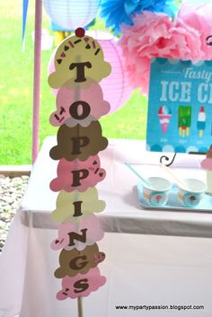 MY PARTY PASSION: Tasty Treats: Ice Cream: End of School Party-Topping Sign