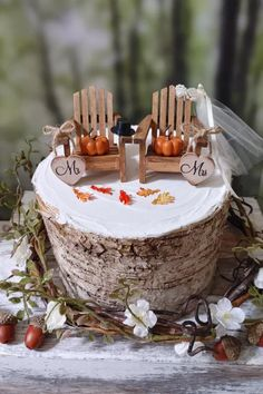 Emmaline Bride - Handmade Wedding Blog If you're planning a rustic wedding this fall, listen up: you need this cake topper designed by the talented MorganTheCreator. The topper features two miniature wooden Adirondack chairs, with little… Handmade Wedding Blog Wedding Blog, Fall Wedding, Rustic Wedding, Wooden Adirondack Chairs, Fall Cakes, Handmade Wedding, Wedding Accessories, Cake Toppers, Miniature