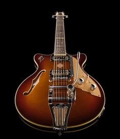 Duesenberg Alliance Series Joe Walsh gold burst, semi hollow electric guitar, laminated and arched spruce top