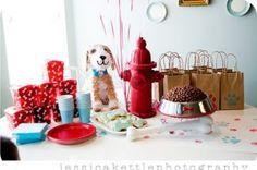Festa de aniversário com cachorrinhos