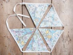 William Morris Floral Print Bunting / Banner by annasbluebellblue Bunting Banner, Banners, William Morris, Etsy Handmade, Small Businesses, Photo Props, Garland, Panda, My Design