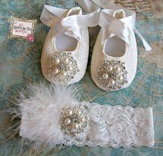 Bebé niña de encaje zapatos de cuna y diadema conjunto, bebé zapatos, bautizo, bautismo, boda, listo para enviar                                                                                                                                                      Más