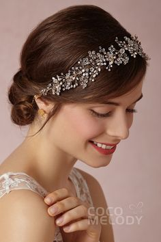 Chic Gold Wedding Headpiece with Imitation Pearl and Rhinestone SAH028