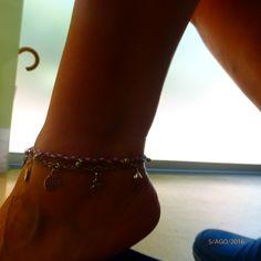Bonecas do 1069, pulseira tornozelo