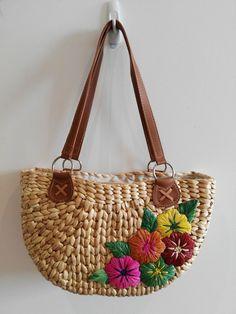 Mexican Woven Raffia bag Etsy listing at https://www.etsy.com/au/listing/480795228/mexican-acapulco-woven-raffia-bag-beach