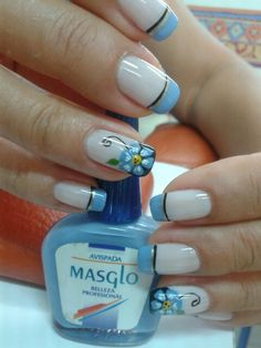 Avispada masglo Fingernail Designs, Toe Nail Designs, Hot Nails, Hair And Nails, Square Oval Nails, French Nail Art, Crazy Nails, New Nail Art, Flower Nails