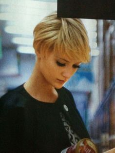 """acf8d1085dc6f3ea606baf83a5f4b74c.jpg 1,200×1,600 pixels [ """"Love, love, love the Short hair"""", """"Love her makeup. Subtle but gorgeous!"""", """"Growing it out"""" ] # # #Hair #Bangs, # #Pixie #Bangs, # #Shaggy #Pixie, # #Short #Pixie, # #Longer #Pixie, # #The #Shorts, # #Short #Haircuts, # #Short #Hairstyles, # #Blonde #Hair"""