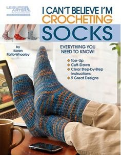 I Can't Believe I'm Crocheting Socks (Leisure Arts by Karen Ratto-Whooley teaches how to make comfortable, attractive socks for the family. Karen tells how to pick the right yarn, measure for a proper fit, and make two types of heels. The 9 pattern Crochet Books, Crochet Crafts, Crochet Projects, Crochet Socks Pattern, Crochet Slippers, Crochet Socks Tutorial, Crochet Baby, Free Crochet, Knit Crochet