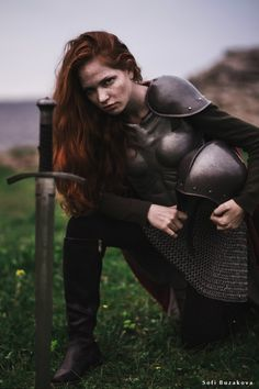 Medirval warrioress, armour princess