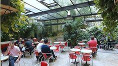 L'Hotel Amour 8 Rue de Navarin  75009 Paris