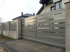 Ogrodzenia nowoczesne Home Gate Design, Fence Design, Door Design, Gate Designs Modern, Modern Design, Fence Doors, Boundary Walls, Gate House, Driveway Gate
