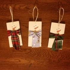 Set of 3 Snowman Wood Planks with Scarves by CathisWoodCrafts Winter Wood Crafts, Wooden Christmas Crafts, Pallet Christmas, Homemade Christmas Gifts, Christmas Gift Tags, Diy Christmas Ornaments, Christmas Art, Christmas Projects, Holiday Crafts