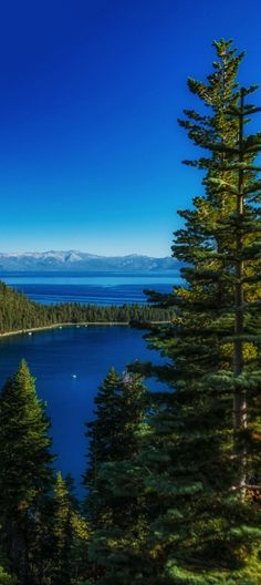 ahh<3 gotta get back to tahoe this summer!.................... [Lake Tahoe, California, USA]    SO beautiful!