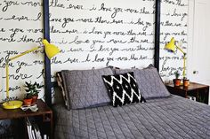 DIY: handwriting statement wall