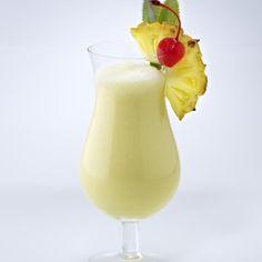 Cocktail-Klassiker: Pina Colada Rezept | LECKER