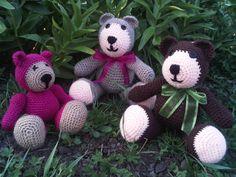 MEDVÍDEK TEDDY :: MámToNaHáčku Teddy Bear, Christmas Ornaments, Toys, Holiday Decor, Crochet, Nice, Activity Toys, Christmas Jewelry, Clearance Toys
