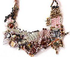 #beadwork moosewinks: Bark Blush Freeform Peyote Stitch Necklace