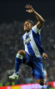 The mighty Hulk Football Soccer, Football Players, Premier League, Hulk, My Dream Team, Fc Porto, Beautiful Athletes, Best Player, Running