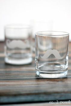 Etched Glasses: 10 Homemade Fathers Day Gifts