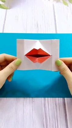 Cool Paper Crafts, Paper Crafts Origami, Diy Paper, Fun Crafts, Paper Art, Diy Crafts Hacks, Diy Crafts For Gifts, Diy Crafts Videos, Creative Crafts