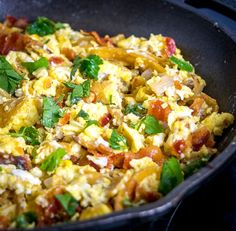 Migas are the perfect Mexican breakfast dish for lazy weekend mornings. We're topping this version with a freshly made Salsa Verde and it is delicious! Mexican Breakfast Recipes, Brunch Recipes, Mexican Food Recipes, Pancake Recipes, Waffle Recipes, Mexican Meals, Breakfast Time, Breakfast Dishes, Breakfast Pizza
