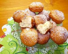 Joghurtos almás fánk Cookie Desserts, Cookie Recipes, Dessert Recipes, Cookbook Recipes, Bread Recipes, Cakes And More, Pretzel Bites, Bakery, Food And Drink