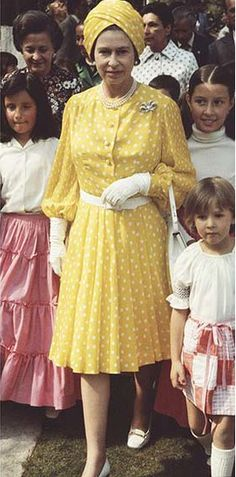 Yellow Polka dots for Queen Elizabeth in 1955. Astoundingly fab outfit!