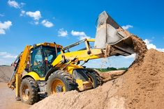 Excavator machine unloading sand with water during earth moving works at construction site , Work In New Zealand, Moving To New Zealand, Excavator Machine, Heavy Equipment For Sale, Asphalt Plant, Agriculture Industry, Construction Process, Construction Contractors, Heavy Machinery