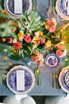 blue willow china | 433 Bishop | Atlanta Wedding | Willett Photography | Flowers by Yona | Vintage English Teacup