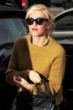 Gwen Stefani - mustard sweater (raglan in a 1x1 ribbing)