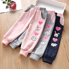 Girls Frock Design, Kids Fashion, Fashion Outfits, Girl Sleeves, Frocks For Girls, Girls Leggings, Dress Sewing Patterns, Short Girls, Cute Tops