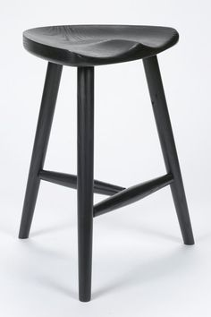 Milking stool in ebonized ash image 2 White Dinning Chairs, French Dining Chairs, Accent Chairs, Handmade Furniture, Diy Furniture, Furniture Design, Big Chair, Chair Bench, Swivel Chair