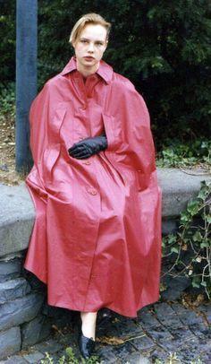 big-253499566be.jpg (527×907) #RaincoatsForWomenBeautiful