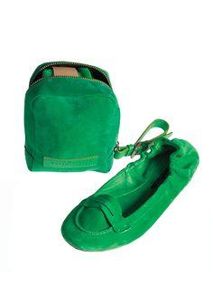 Ralph Lauren Usita Flats via wmagazine #ralphlaurencollection #Shoes #Ballet_Flats