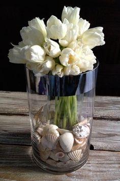 68.- Centros de Mesas con Tulipanes