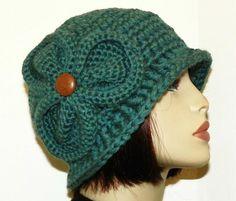 Free Crochet Bernadette Chunky Flapper Cloche Pattern.